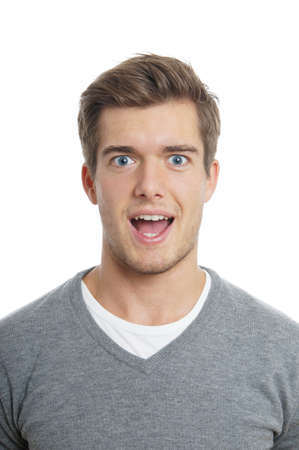 viso uomo: giovane uomo alla ricerca sorpreso