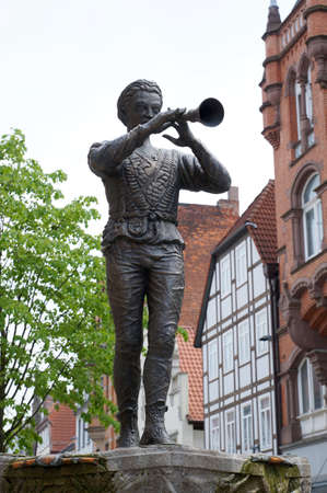 piper: bronze statue of the Pied Piper in Hameln, Germany