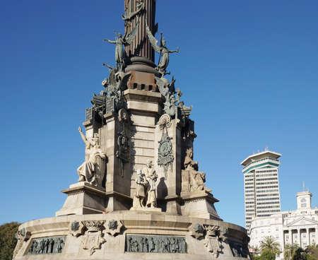 descubridor: Monument a Colom - pedestal del monumento a Col�n en Barcelona Foto de archivo