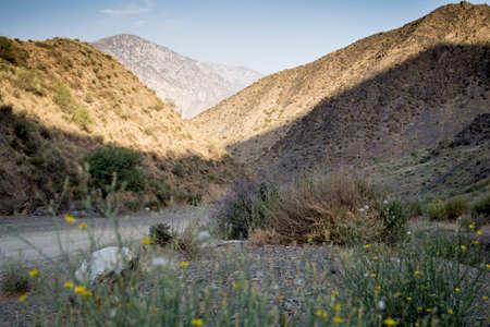 kyrgyzstan: montañas del sur de Kirguistán Foto de archivo