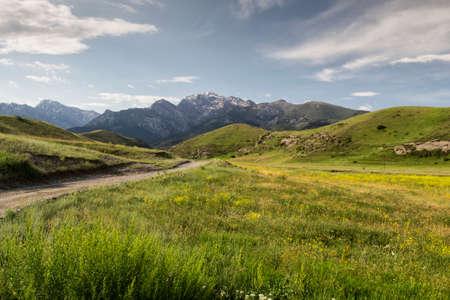 kyrgyzstan: monta�as del sur de Kirguist�n Foto de archivo