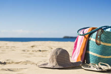handtcher: Sch�ne Strand, wei�en Sand, Sonnenschein. Ideal f�r Reisen Backgounds. Lizenzfreie Bilder