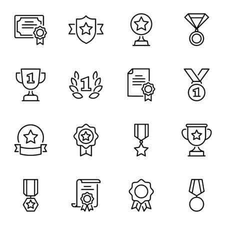 Premi e premi set di icone di linea sottile. Pacchetto simboli lineari di certificati e trofei. Medaglie d'onore, rosette con stelle, nastri e pittogrammi di contorno di corona di alloro isolati su priorità bassa bianca
