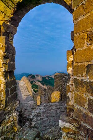 dilapidated wall: Dilapidated tower of Great Wall