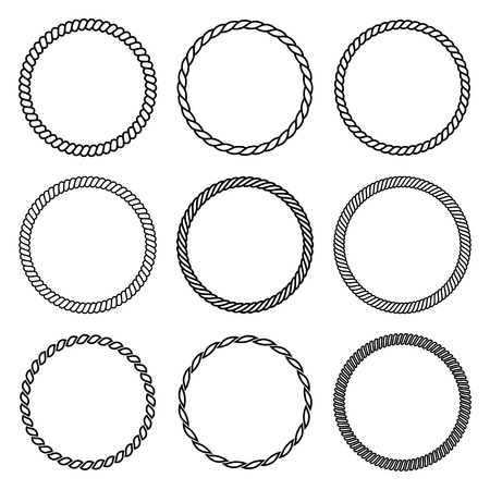 Vector set of round rope frame. Collection of thick and thin circles isolated on the white background consisting of braided cord and string. For decoration and design in marine style. Zdjęcie Seryjne - 86213804