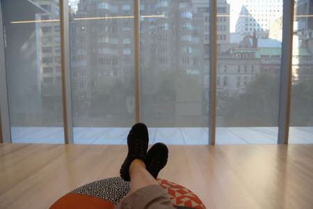 it is not possible to get tired of visiting a long museum, it is necessary to take breaks and rest your feet