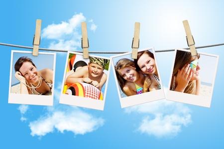 Fotos von Urlaub, Menschen hängen auf einer Wäscheleine von Wäscheklammern Standard-Bild - 14032017