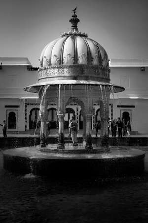 Black and white vintage architecture decor in Rajasthan India Éditoriale
