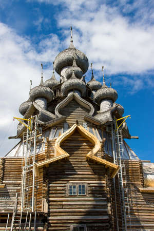 kizhi: Church of the Transfiguration at Kizhi pogost, traditional russian wooden architecture