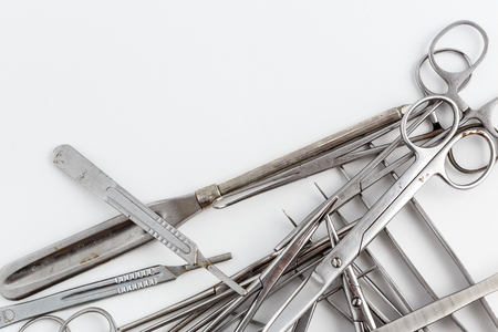 surgical instruments on white isolated background. top view Foto de archivo