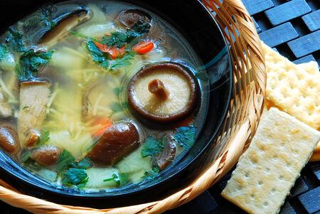 delicious fresh Shiitake Mushroom soup in a beautiful bowl 版權商用圖片
