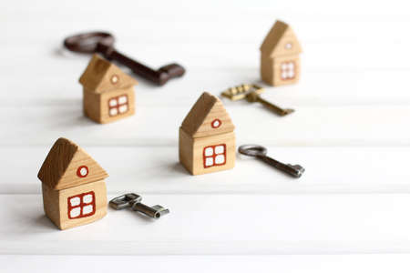 separate houses and keys to them. separate housing for self-isolation