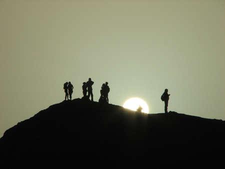 faites à l'Afrique du désert au coucher du soleil Banque d'images