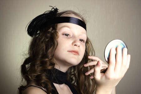 mladá dívka v retro stylu Reklamní fotografie - 14410210