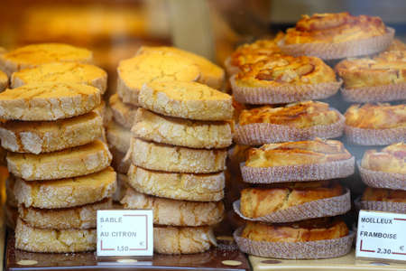 display case: baking at the bakery display case