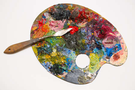 pallette: palette avec mastehin sur un fond blanc Banque d'images