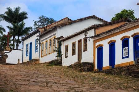 case colorate: strade della famosa città storica Tiradentes, Minas Gerais, Brasile