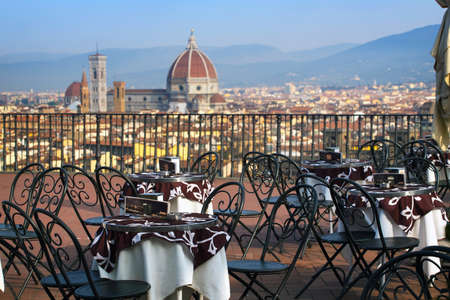 Cafe ay the viewpoint  in Florencia with views of the La Cattedrale di Santa Maria del Fiore, Italy Stock Photo