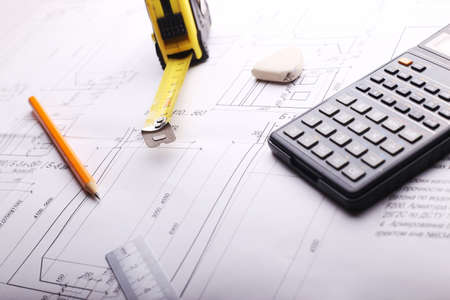 plan - technische tekening op de tafel