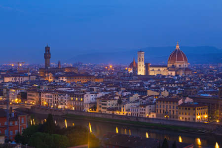 Cattedrale di Santa Maria del Fiore. view of Florence at the evening time from the viewpoint.  province of Siena. Tuscany, Italy 免版税图像