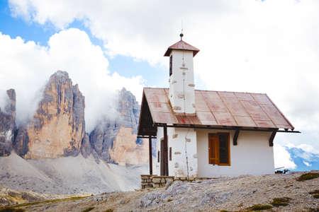 chapel at the Tre Cime di Lavaredo - Dolomites, Italy Banco de Imagens