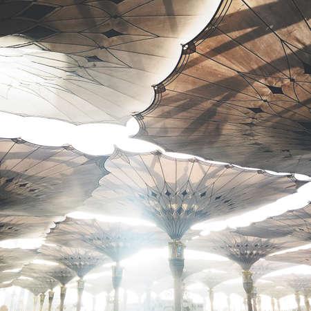 medina: Medina