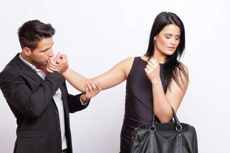 Frau Ablehnung einen Mann