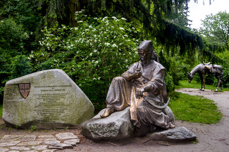cossacks: Monument to the Ukrainian Cossacks in Turkenschanzpark (German Turkenschanzpark) who participated in the liberation of Vienna from the Turkish siege in 1683. The monument was created by Ukrainian sculptors Volodymyr and Oleksii Chepelyk. Editorial