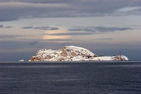Akdamar Island in Van lake, Turkey Stock Photo - 4544054