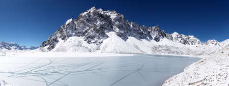 Icy lake and snow mountain, Himalaya, Nepal Stock Photo - 5364392