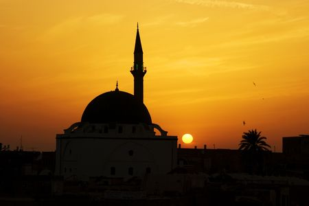 akko: Great Mosque of Al-Jazzar at sunset. Akko (Acre), Israel Stock Photo
