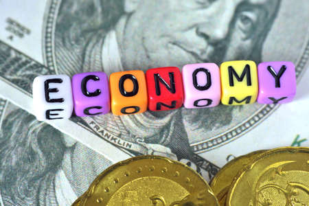 usd: Word Economy on USD note