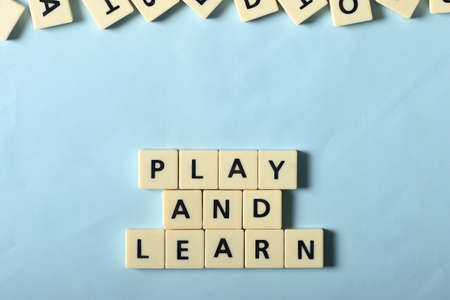 Play and learn on the puzzle