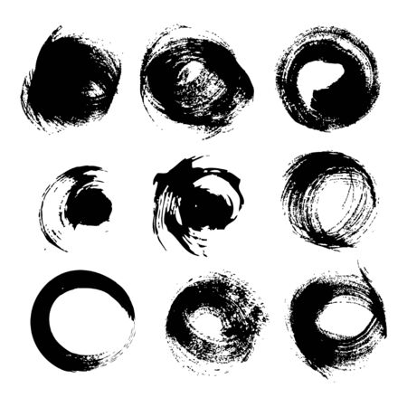 Negro ronda trazos texturizados conjunto aislado en un fondo blanco