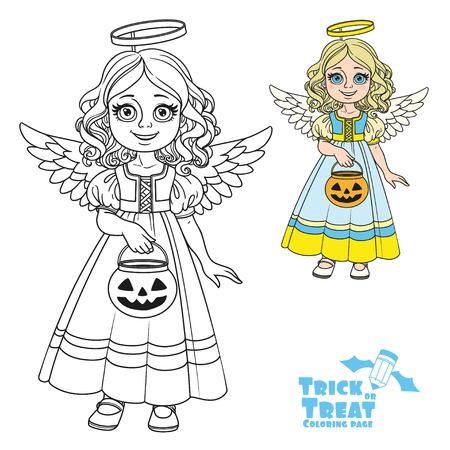 La ragazza sveglia in costume di angelo che tiene una borsa della zucca per i dolci inganniona o tratta il colore e descritta per la pagina di coloritura Archivio Fotografico - 84953936