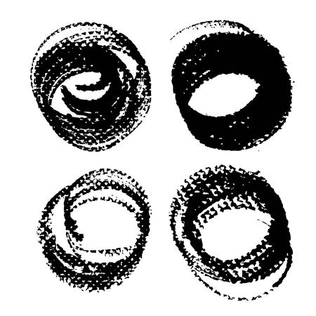 Abstract round black ink textured strokes isolated on a white background Banque d'images - 124633191