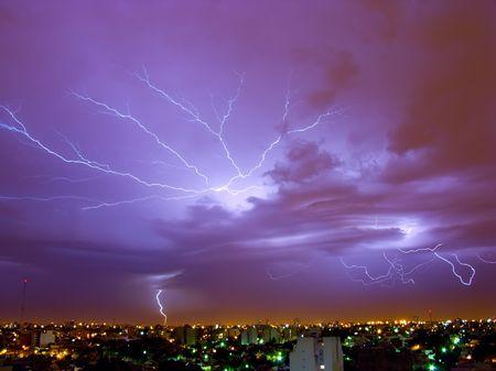 streak lightning: Lightning Storm in Buenos Aires, Argentina.