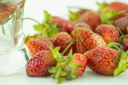 sweet, fruit, red, strawberry, fresh, diet, green, eat, tasty