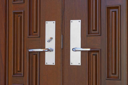 deadbolt: Door handles