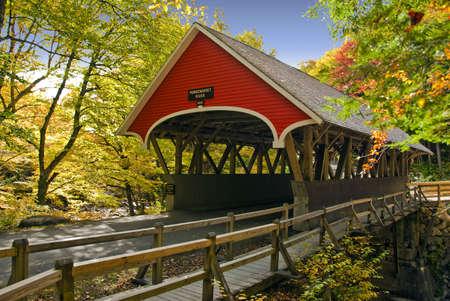 covered bridge: Covered bridge in new england