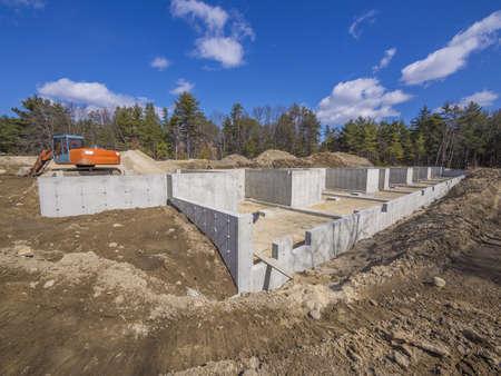 새 주택을위한 콘크리트 기초