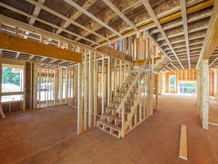 Nieuw huis interieur framing Stockfoto - 21936127