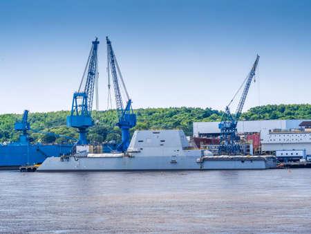 Guided-missile destroyer warship named U S S  Zumwalt being built