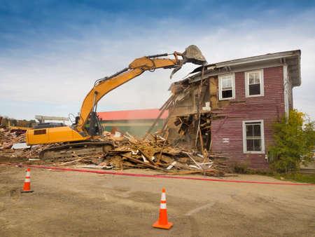 house demolition: House demolition