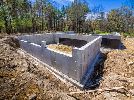 Nieuwe fundering huis beton