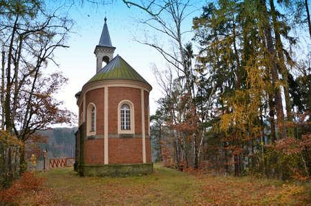 聖アン礼拝堂 - マットニ・キセルカ・ヒストリック・ビルディング、キセルカ近くの郊外に建て