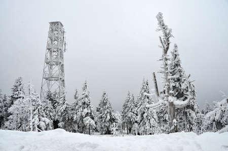 The highest point in the Karlovy Vary region Kl?novec, winter resort 免版税图像