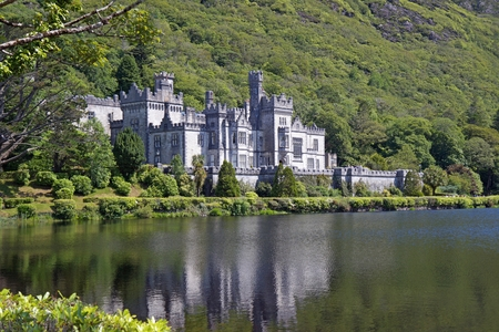 The picture shows the Kylemore Abbey in Ireland.