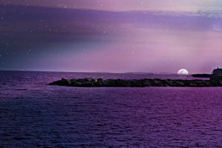 Purple Seascape 版權商用圖片