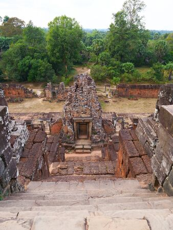 Stone rock ladder at Ancient buddhist khmer temple architecture ruin of Pre Rup in Angkor Wat complex, Siem Reap Cambodia. Stock fotó